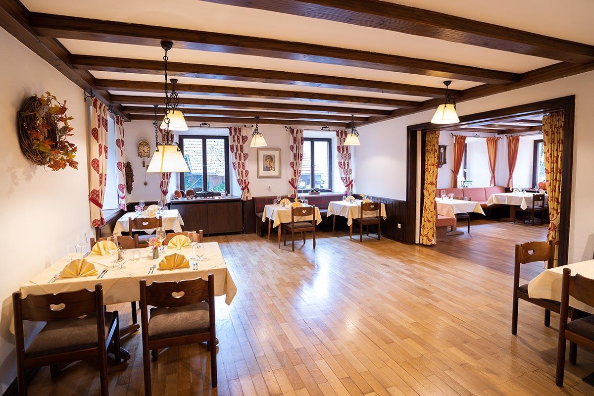 badische k che vom feinsten hotel restaurant suggenbad waldkirch bei freiburg schwarzwald. Black Bedroom Furniture Sets. Home Design Ideas